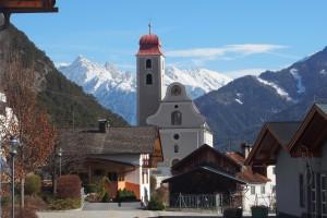 Kirche mit Biedermeierhaube
